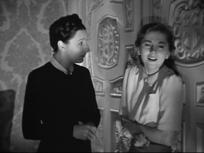 image judith anderson joan fontaine rebecca alfred hitchcock