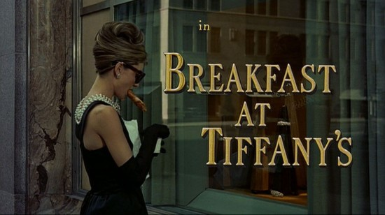 image breakfast at tiffany's séquence d'ouverture audrey hepburn