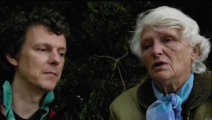 Suzanne et Michel Gondry dans le documentaire L'Epine dans le coeur