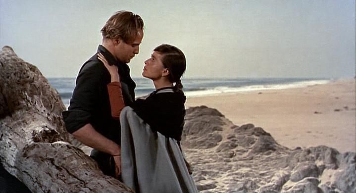 Rio (Marlon Brando) et Louisa (Pina Pellicer) dans La Vengeance aux deux visages