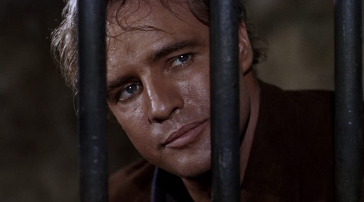 Marlon Brando dans le western qu'il a réalisé, La Vengeance aux deux visages.