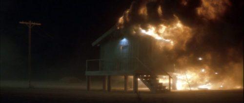 image maison désert en feu lost highway david lynch