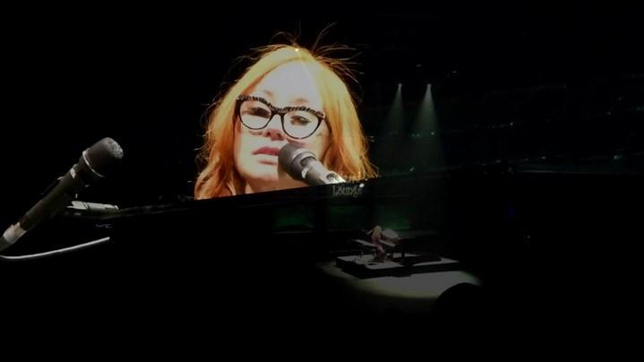 Tori Amos reprend Creep de Radiohead en live