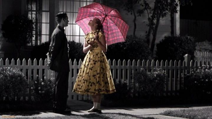 David/Bud (Tobey Maguire) demeure en noir et blanc quand les autres se colorisent sous l'effet de leurs découvertes.