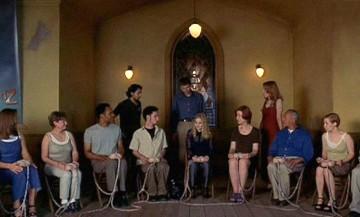 Analyse des relations entre religion et virtualité dans le film eXistenZ de David Cronenberg.