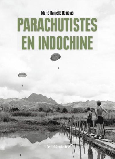 image parachutistes en indochine