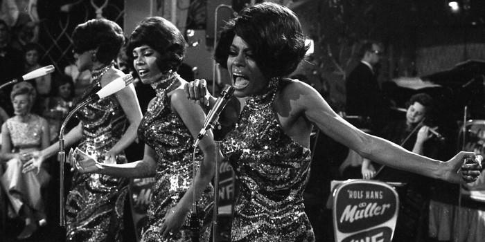 """Les Supremes au """"Bal Pare"""" annuel de Munich, le 21 janvier 1968. © AP Photo/Frings"""