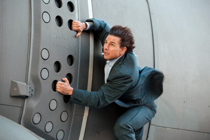 image avion mission impossible tom hanks