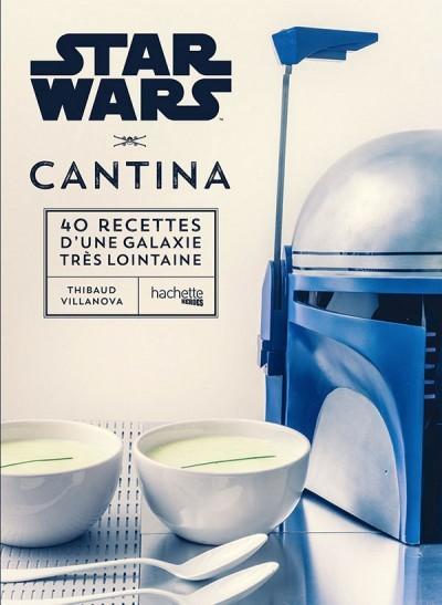"""Star Wars Cantina (Hachette Heroes) Troisième titre de la collection Gastronogeek par un spécialiste en la matière, ce livre à la maquette très agréable propose 40 recettes équilibrées et appétissantes autour de produits de saison, en imaginant quelles seraient les spécialités de chacune des planètes de l'univers """"Star Wars"""". Inventif et très geek, avec plein de références à la saga, cet ouvrage a également le mérite de proposer des plats originaux, mais que l'ion peut facilement préparer au quotidien. Critique complète en suivant le lien ci-dessus."""