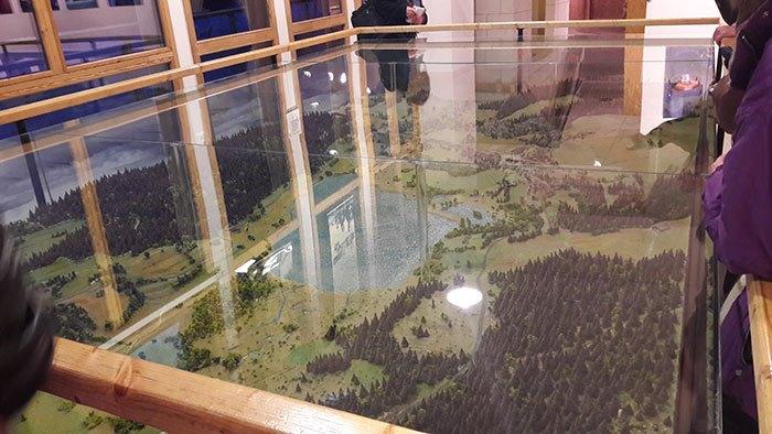 image maquette réserve naturelle du lac de remoray maison de la réserve