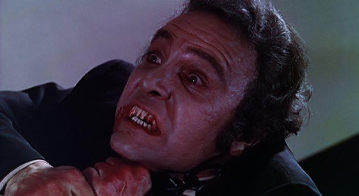 image artus bébé vampire