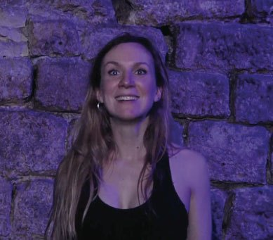 image spectacle le cri des anges amélie cornu théâtre de l'essaïon
