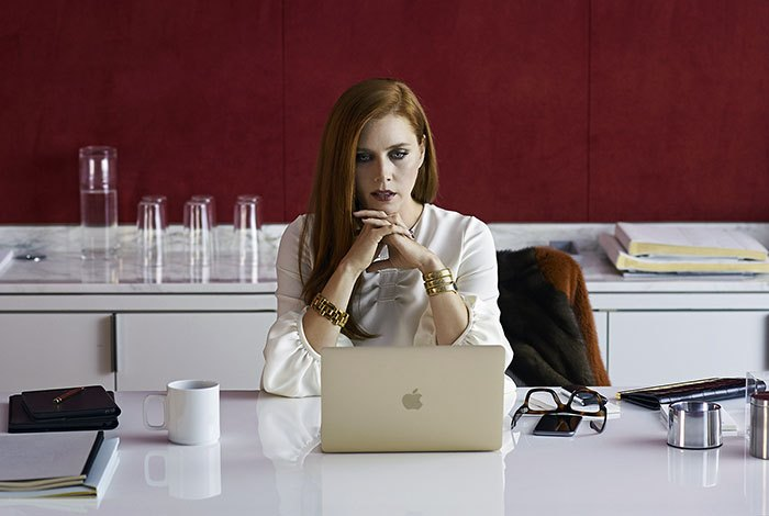image amy adams nocturnal animals