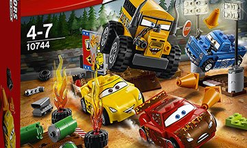 image gros plan boîte lego juniors cars 3 le super 8 de thunder hollow
