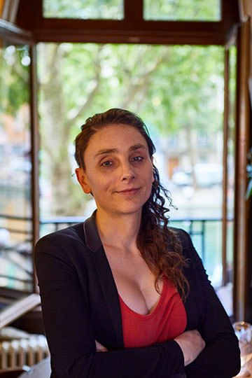 image portrait rachel moeller le nola two stories paris