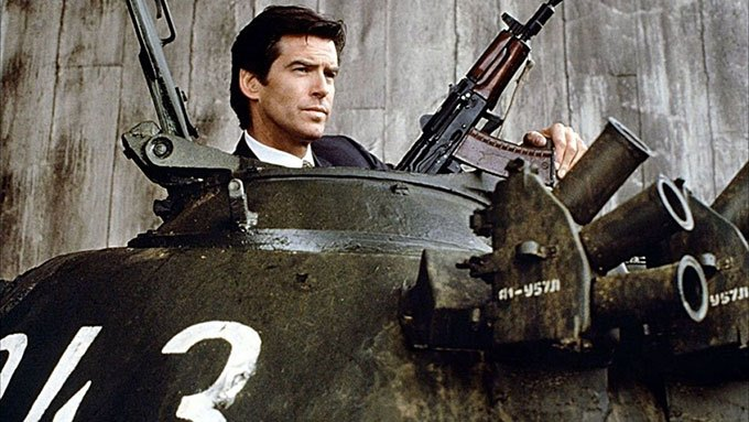 image pierce brosnan james bond goldeneye