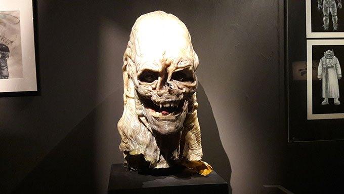 image tête bébé alien la résurrection expo caro jeunet halle saint-pierre