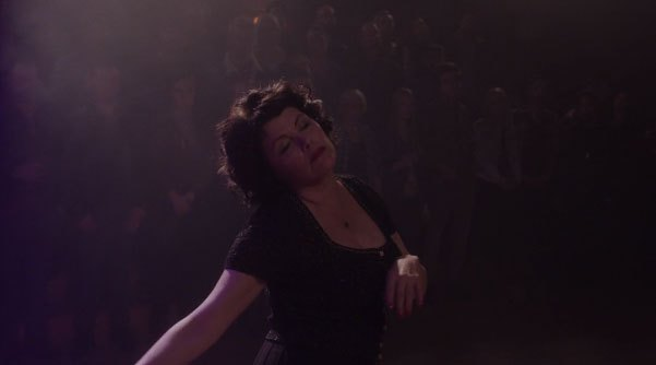 image audrey horne sherilyn fenn danse twin peaks saison 3 épisode 16