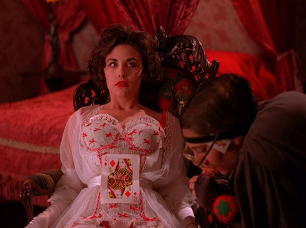image audrey horne sherilyn fenn one eyed jacks twin peaks saison 1 épisode 8