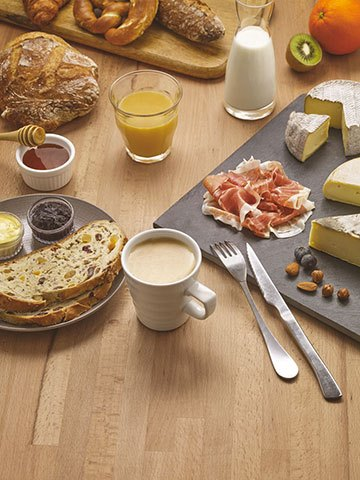 image petit-déjeuner montagnard campanile