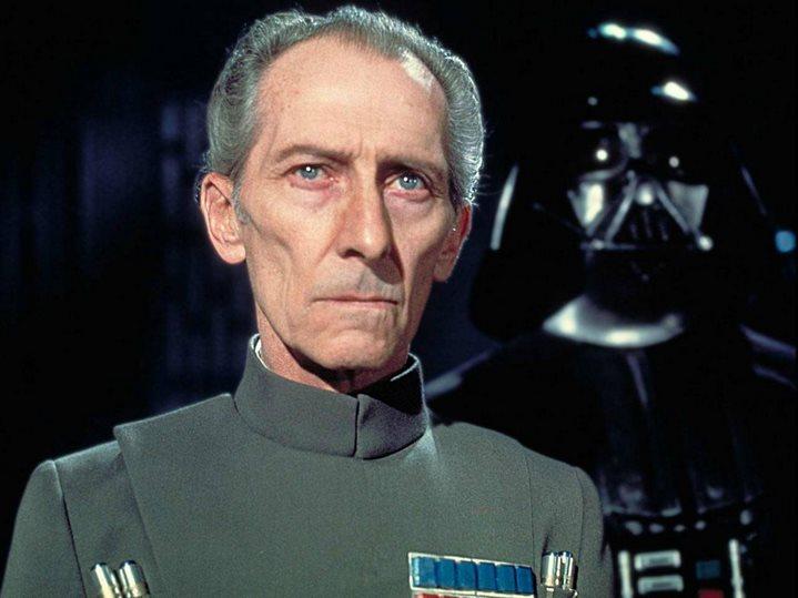 Peter Cushing dans Star Wars, Episode IV, Un Nouvel espoir.