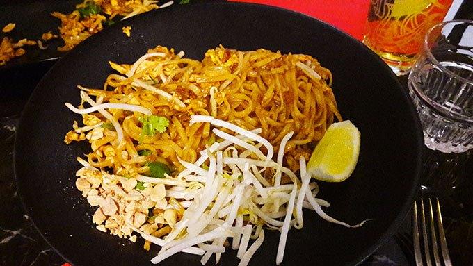 image plat phad thaï la brasserie thaï montmartre
