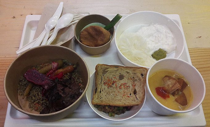 image menu lancement la résidence refugee food festival