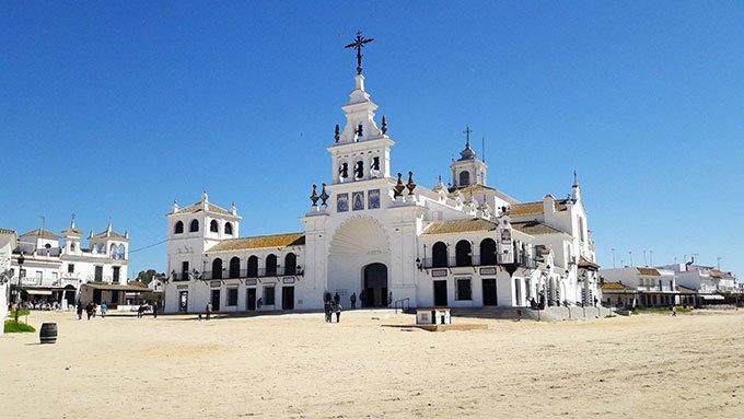 image vue d'ensemble église notre dame d'el rocio