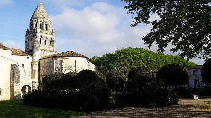 image jardins abbaye aux dames de saintes