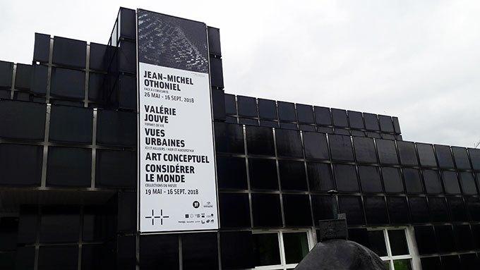 image façade musée d'art moderne de saint-etienne