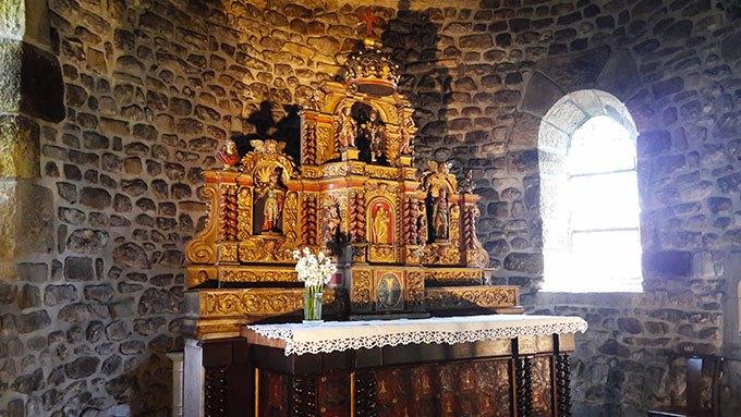 image autel église saint-victor-sur-loire
