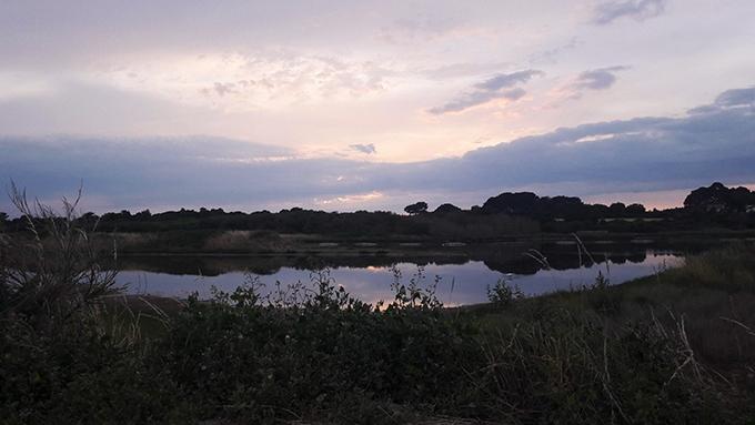 image marais au coucher du soleil domaine de suscinio