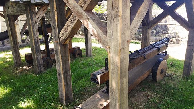 image pièces d'artillerie forteresse royale de chinon