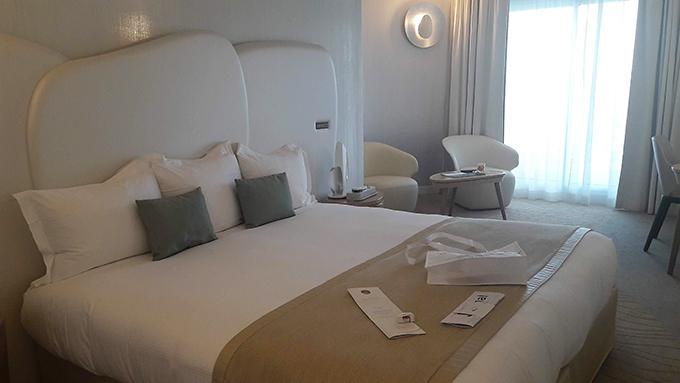 image lit chambre fil de l'eau miramar la cigale hôtel thalasso et spa bretagne