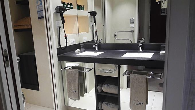 image salle de bains miramar la cigale hôtel thalasso et spa bretagne