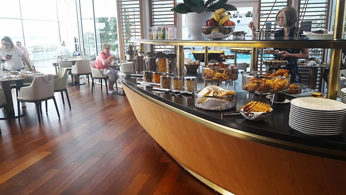 image buffet petit-déjeuner le ruban bleu miramar la cigale hôtel thalasso et spa bretagne