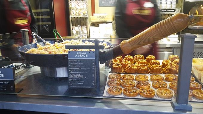 image choucroute kouglof chalet alsace le rendez-vous gourmand de disneyland paris