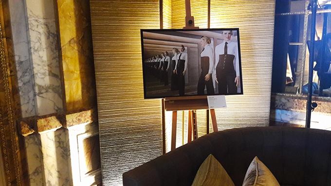 image photo madonna expo les folles rencontres de l'hotel de crillon bar les ambassadeurs emanuele scorcelletti polka galerie