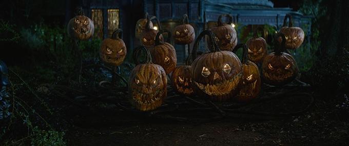image attaque citrouilles d'halloween la prophétie de l'horloge eli roth