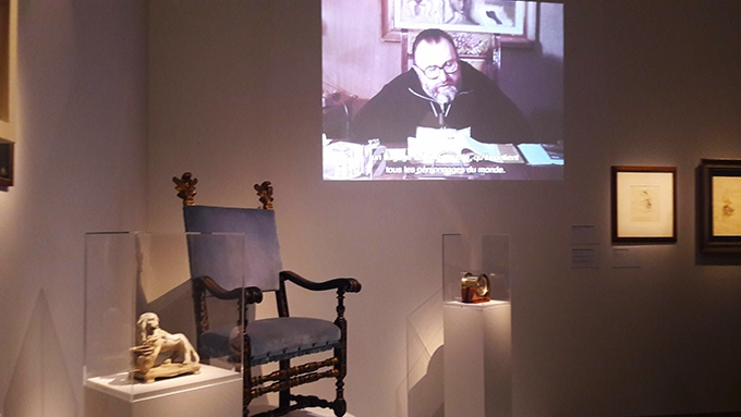 image section influences fauteuil bleu écran vidéo expo sergio leone cinémathèque française