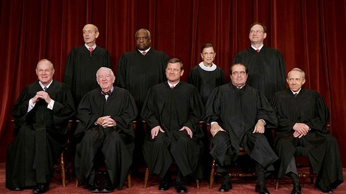 image juges cour suprême photocall rbg documentaire