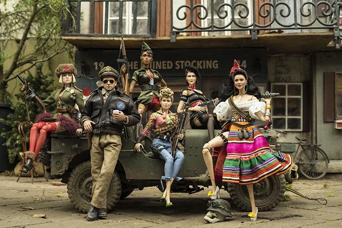 image les acteurs en version poupées bienvenue à marwen de robert zemeckis