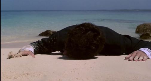 image tom hanks échoué sur une plage splash film