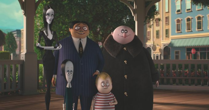 image charlize theron la famille addams