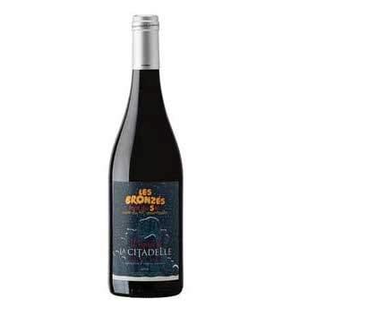 bouteille cuvée de vin aop les bronzés font du ski