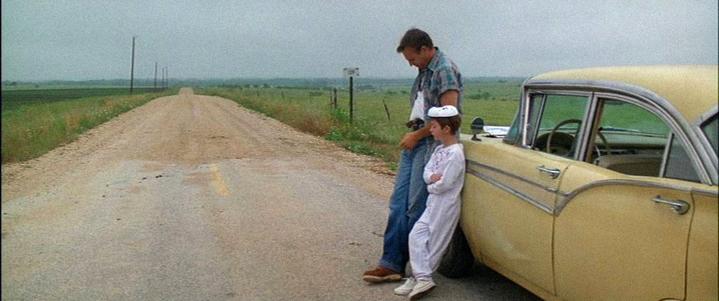 Jusqu'où aller? Kevin Costner et T.J. Lowther dans le film Un Monde Parfait (A Perfect World).