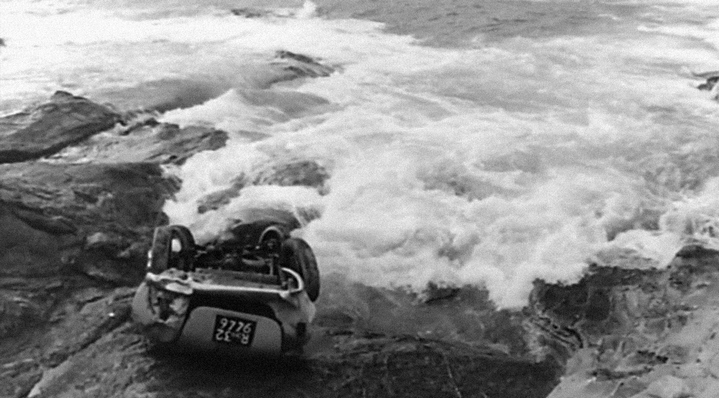 La mer et l'automobile, dernier plan du Fanfaron.