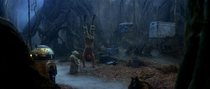 Luke Skywalker (Mark Hamill) use de la télékinésie, avec Yoda (dans Star Wars, Episode V, L'Empire contre-attaque, 1980).