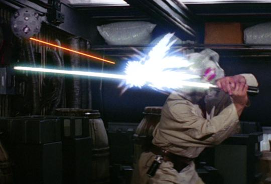 Entrainement de Luke Skywalker (Mark Hamill) dans Un Nouvel Espoir.
