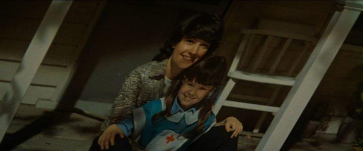 Un faux souvenir de la replicant Rachel en photographie, dans Blade Runner.